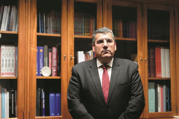 Presidente do Conselho de Reitores: 'Se congelar propinas, Governo tem de compensar'