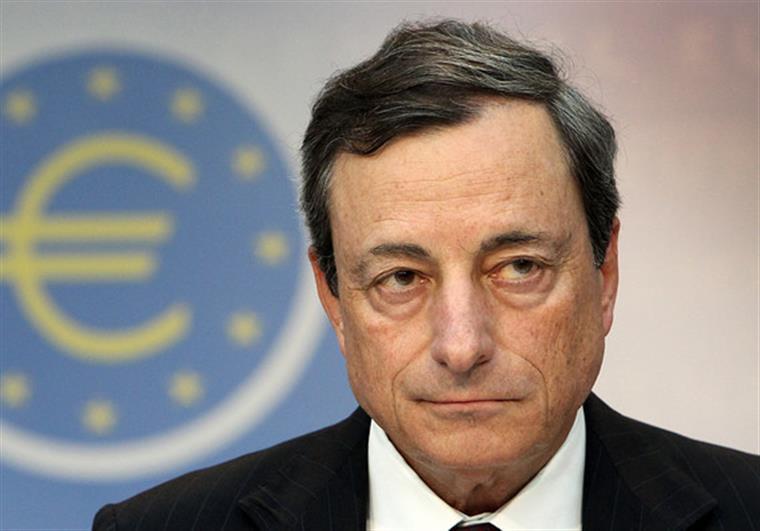 BCE prolonga compra de dívida até final do próximo ano