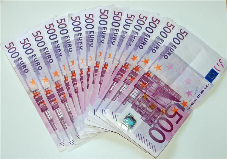 Banco italiano Unicredit vende unidade polaca