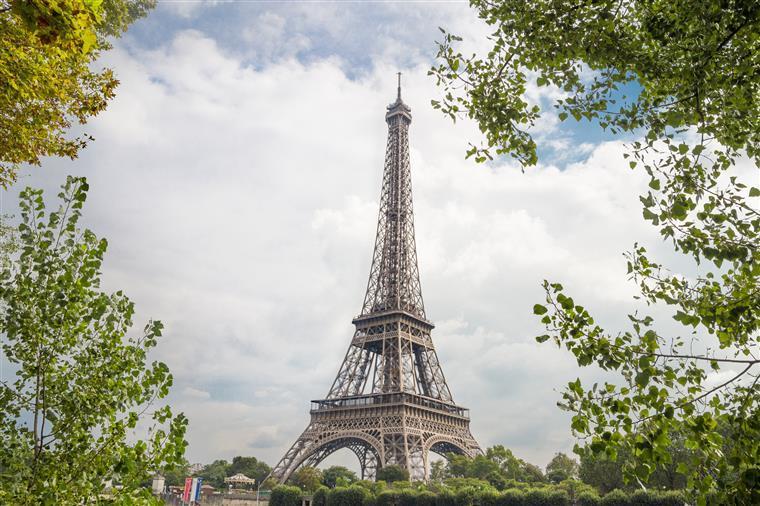 França baixa previsões de crescimento