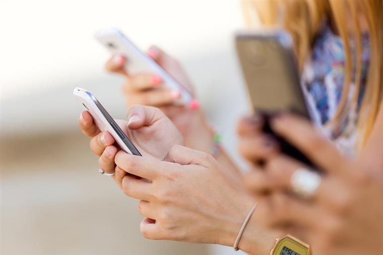Smartphones. As aplicações que 'comem' mais bateria