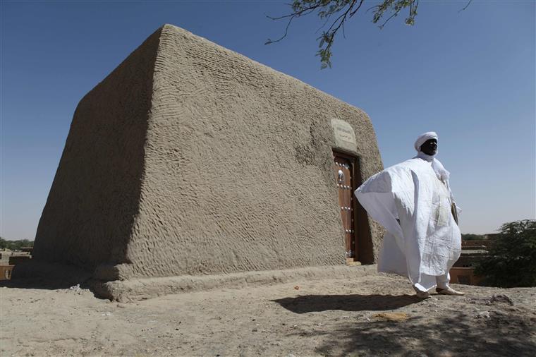Destruição de Timbuktu no banco dos réus