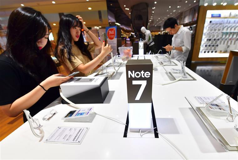 Samsung responsabiliza baterias