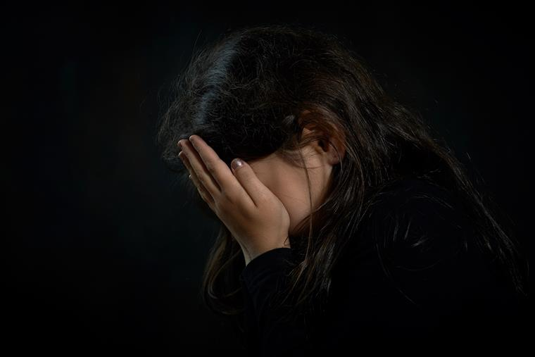 Suécia: estupro coletivo é transmitido ao vivo no Facebook