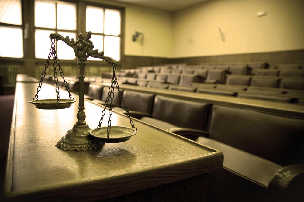 Tribunal absolve mulher filmada a encomendar morte do ex-marido
