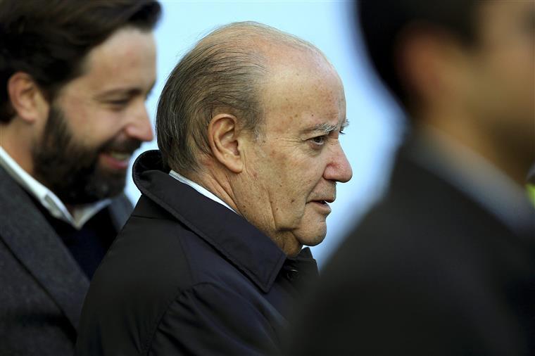 Pinto da Costa exalta-se com jornalista