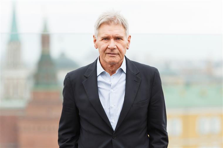 Vídeo mostra pouso arriscado de Harrison Ford