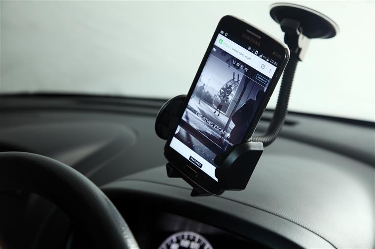 Uber com prejuízos de 2,6 mil milhões de euros em 2016
