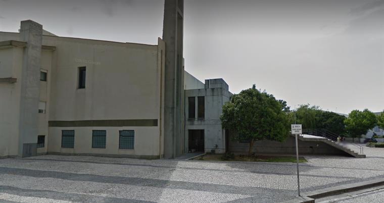 Matosinhos. Ataque de rottweiller no adro de igreja deixou criança em estado muito grave